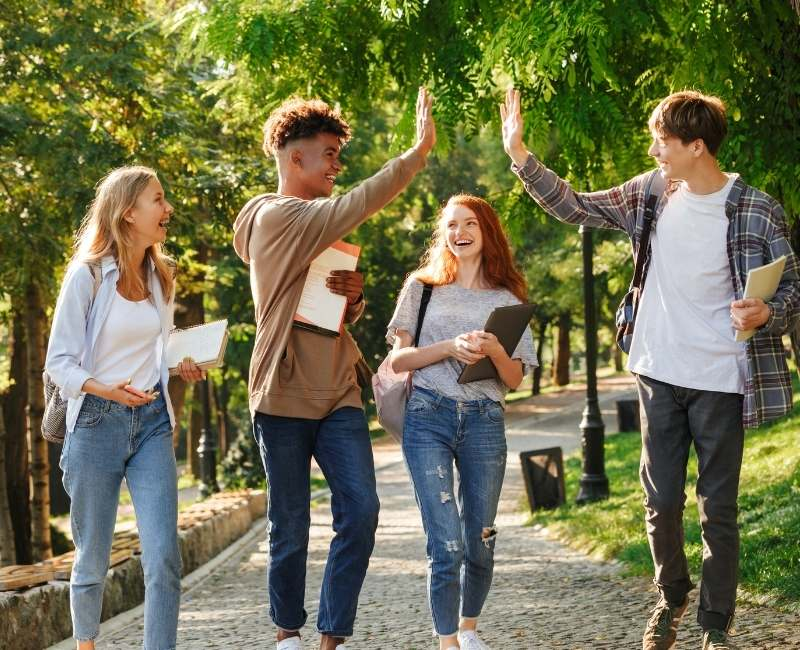 Attract More Students to Your School: 5 Higher Education Marketing Strategies (Part 1)